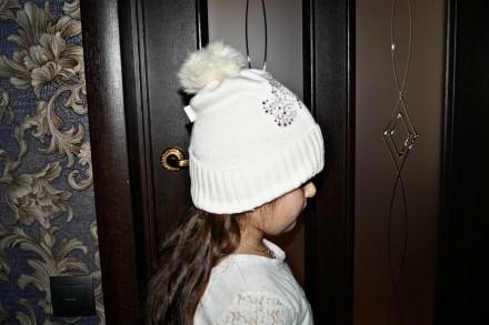 Очень красивая шапочка ТМ Jamiks для девочки. Цвет белый. 40% вискоза; 25% пол. Кропивницкий, Кировоградская область. фото 4