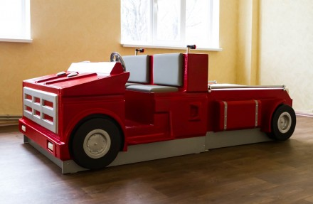 Детская кровать машинка. Каменское. фото 1