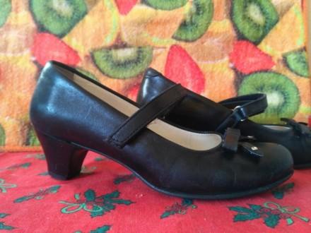 Продам фирменные кроссовки adidas для девочки.Размер 32.Длина стельки 19,5 см.Со. Славянск, Донецкая область. фото 7
