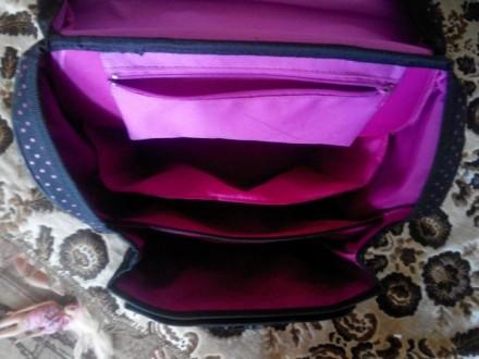 Продам рюкзак для девочки.Подойдет с 1 по 5 класс.Фирменный.Ортопедическая спинк. Славянск, Донецкая область. фото 4