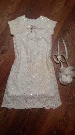 ПРОДАМ . Шикарное платье на девочку размер 128. Лозовая. фото 1