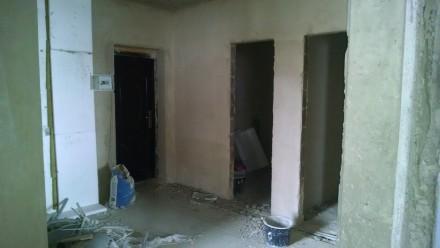 Квартира в новобудові стяжка-штукатурка,лоджія,гардеробна,круглий зал,вікна-фірм. 33 микрорайон, Луцк, Волынская область. фото 11