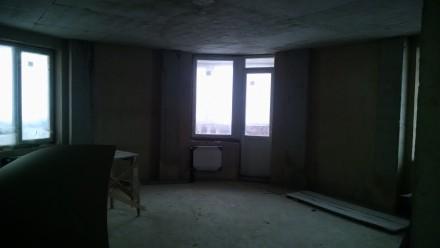 Квартира в новобудові стяжка-штукатурка,лоджія,гардеробна,круглий зал,вікна-фірм. 33 микрорайон, Луцк, Волынская область. фото 7