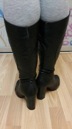 Кожаные демисезонные сапоги, из плотной кожи, удобный устойчивый каблук. Мелитополь, Запорожская область. фото 3