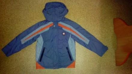 Куртка демисезонная, ветровка на флисе для мальчика р.128. Сумы. фото 1