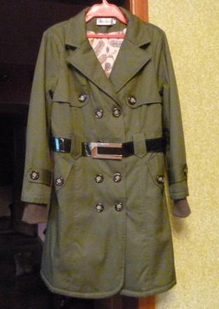 Плащ пальто с утепленной подкладкой. Киево-Святошинский. фото 1