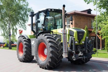 Трактор колесный Claas Xerion 3800. Житомир. фото 1