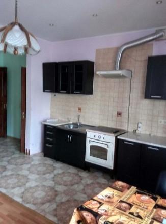 Продам 2 х.к. квартиру в центре в новом доме с ремонтом. Хмельницкий. фото 1