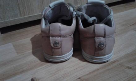 Полностью кожаные кроссовки (кожа внутри и снаружи).  Размер - 33, стелька 21см. Днепр, Днепропетровская область. фото 5