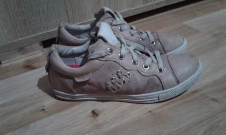 Полностью кожаные кроссовки (кожа внутри и снаружи).  Размер - 33, стелька 21см. Днепр, Днепропетровская область. фото 6