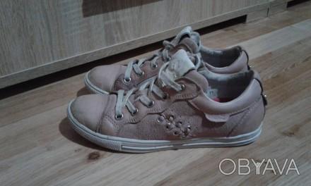 Полностью кожаные кроссовки (кожа внутри и снаружи).  Размер - 33, стелька 21см. Днепр, Днепропетровская область. фото 1