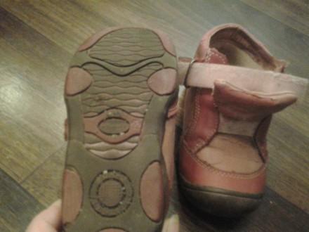 детская обувь на мальчика и девочку, после одного ребёнка, почти новая. На сапож. Кривой Рог, Днепропетровская область. фото 6