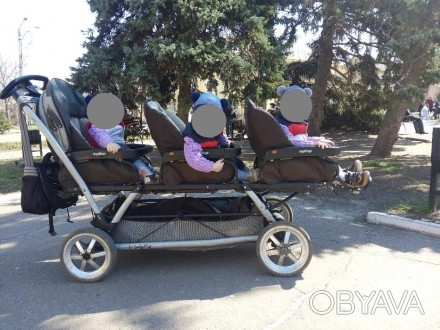 Продам коляску для тройни Peg-Perego. Ездили с рождения и до 1,5 лет. Если ребен. Старобельск, Луганская область. фото 1