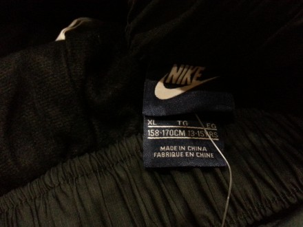 Подростковые утепленные спортивные брюки Nike. Модель изготовлена из прочных вод. Харьков, Харьковская область. фото 6
