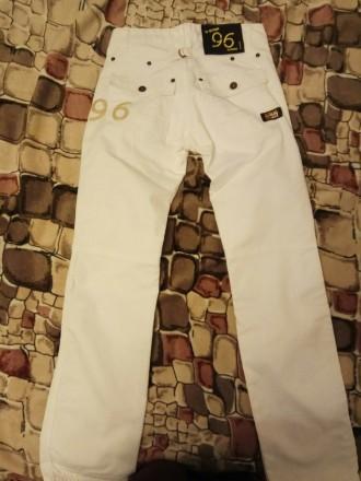 Белые котоновые джинсы , производства Индия для подростка 13-14 лет. Ткань плотн. Бердянск, Запорожская область. фото 3