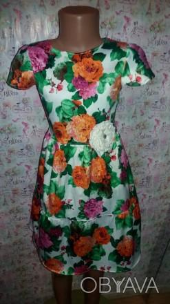платье стрейч-атлас,рост130,длина  юбки 40,длина до талии28,размер34. Кривой Рог, Днепропетровская область. фото 1