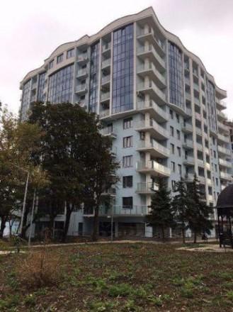 Продам большую 2-х комнатную квартиру премиум - класса у моря в ЖК