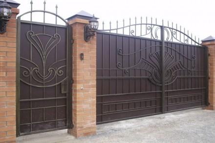 Въездные ворота. Кривой Рог. фото 1