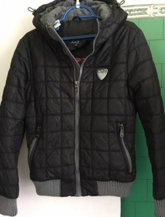 Куртка демисезонная,в очень хорошем состоянии.Теплая. Рост 160-165 см.Длина по с. Киев, Киевская область. фото 2