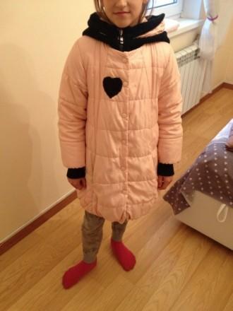 Фирменная курточка (в хорошем состоянии) , на возвраст 8-11 лет (рост 134-150), . Бровары, Киевская область. фото 2