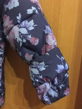 Курточка приталенная, на худенькую девочку. Подойдёт на ребёнка ростом от 98 до . Запорожье, Запорожская область. фото 5