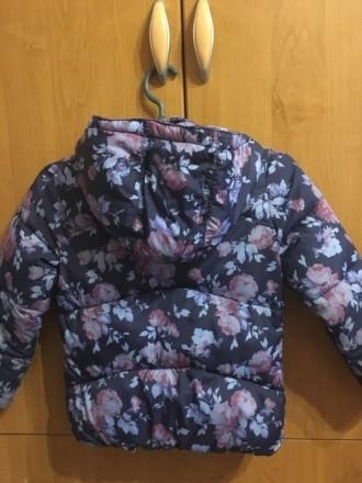 Курточка приталенная, на худенькую девочку. Подойдёт на ребёнка ростом от 98 до . Запорожье, Запорожская область. фото 3