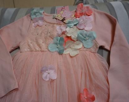 Платье  написано на 120 см, но оно маломерка. Длина платья  53 см, длина рукав. Киев, Киевская область. фото 3