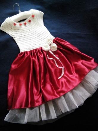 Продам красивое нарядное платье ручной работы. Комбинированное платье - вязанный. Днепр, Днепропетровская область. фото 2