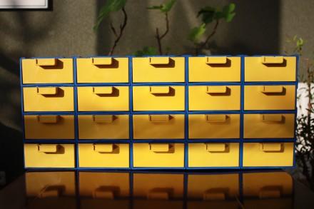 Органайзер-касетница с выдвижными ячейками для хранения мелочей. Каменец-Подольский. фото 1