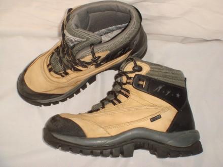 Термо ботинки р.35-36 Adventuridge демисезон, зимние, мембрана, треккинговые. Днепр. фото 1