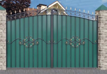Ворота с элементами ковки. Кривой Рог. фото 1