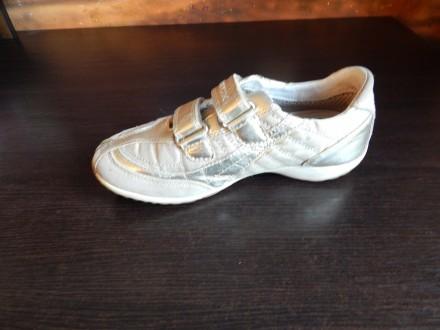 Золотистые кроссовки Geox для девочки в хорошем состоянии(немного вытерты  носки). Чернигов e8be10e64cfb2