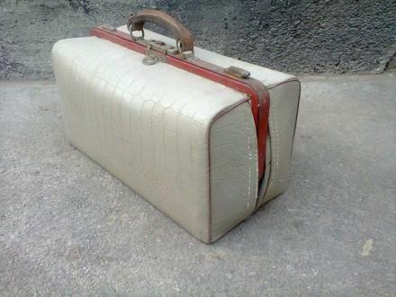 Прода старинный чемоданчик 1966 ГОДА. Никополь. фото 1