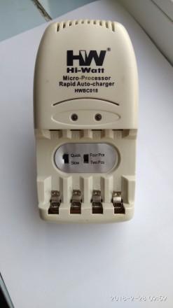 Зарядное устройство на 2-4 аккумулятора формата АА. Киев. фото 1