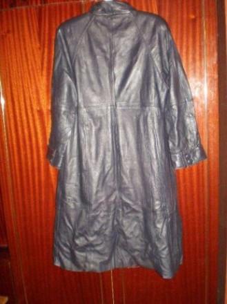 Кожаный женский плащ Размер 48 Длина 108 см, рукав реглан , длина рукава 56 см, . Чернигов, Черниговская область. фото 2