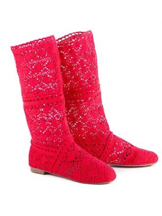 Червоні чоботи - купити жіноче та чоловіче взуття на дошці оголошень ... e28e6584ff37c