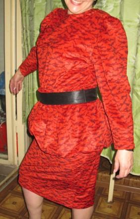 прекрасна червона сукня, оригінальної форми. Черкассы, Черкасская область. фото 3