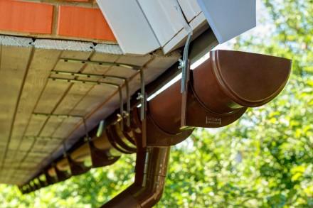 Предлагаем универсальные водосточные системы (водосток). Лучшие цены в Луганске.. Луганск. фото 1