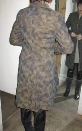новий джинсовий плащик з дуже теплою підкладкою з байки, прикрашений хутром норк. Черкассы, Черкасская область. фото 3
