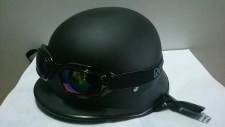 Мото шлем каска немецкая в комплекте с очками черная матовая. Харьков. фото 1