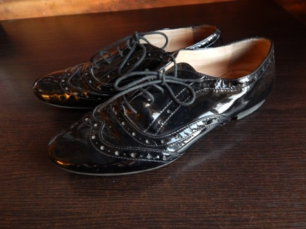 Кожаные лакированные женские туфли. Чернигов. фото 1