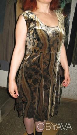 приємна сукня з трикотажної тканини, одягалась кілька разів, пралась 1 раз.. Черкассы, Черкасская область. фото 1