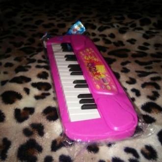 Пианино на батарейках. Синтезатор.. Киев. фото 1