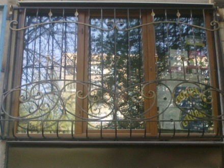 Наше предприятие изготовит любые решетки на окна и балкон под ваш размер.Выезд м. Кривой Рог, Днепропетровская область. фото 4