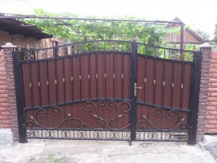 Калитка с воротами из профнастила. Кривой Рог. фото 1