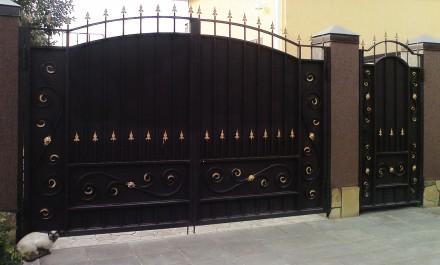 Ворота из профнастила,распашные,кованые,Кривой рог. Кривой Рог. фото 1