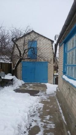 Дом расположен в центре города в пешей доступности ко всем необходимым соц. объе. Марьинка, Донецкая область. фото 6