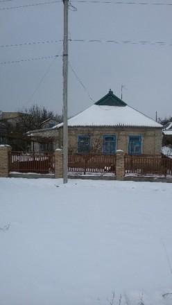 Дом расположен в центре города в пешей доступности ко всем необходимым соц. объе. Марьинка, Донецкая область. фото 2