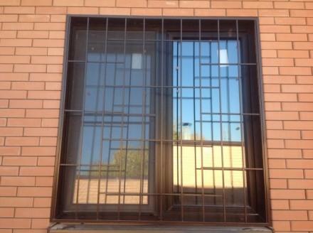 Изготовление решеток простых и кованых  на окна любой сложности.Также выезд маст. Кривой Рог, Днепропетровская область. фото 5