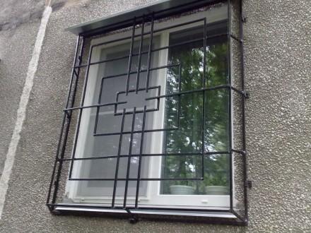 Изготовление решеток простых и кованых  на окна любой сложности.Также выезд маст. Кривой Рог, Днепропетровская область. фото 4